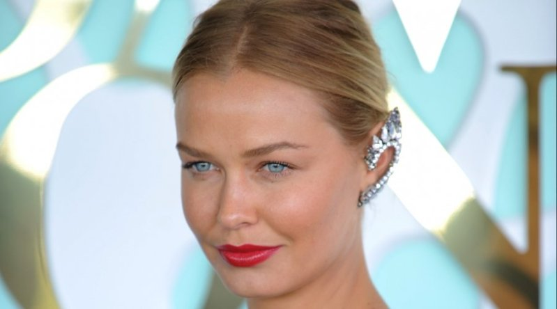 Lara Bingle Ear Cuffs