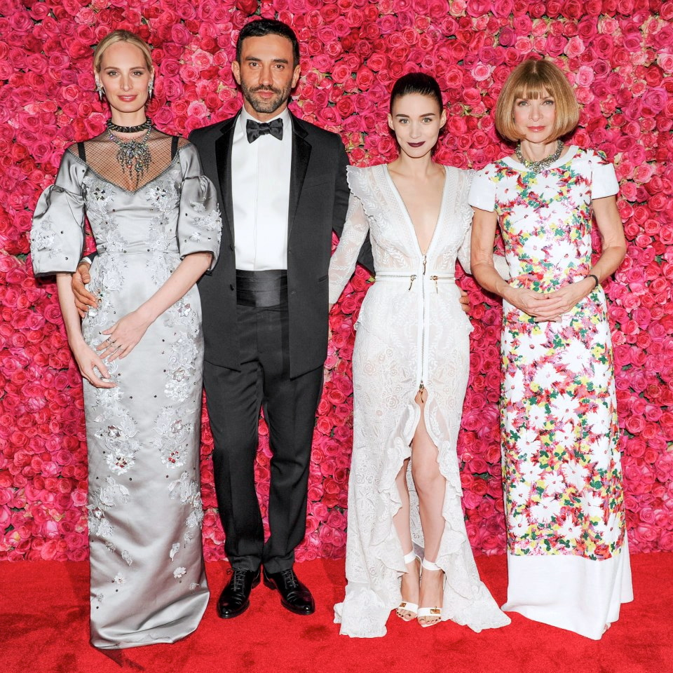 halloween costumes inspired by vogue Lauren-Santo-Domingo-in-Dolce-Gabbana-Riccardo-Tisci-with-Rooney-Mara-in-Givenchy-Haute-Couture-with-jewels-by-Fred-Leighton-and-Jennifer-Meyer-Anna-Wintour-in-Chanel-Haute-Couture