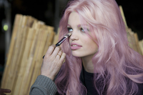pastel pink purple hair streetstyle nyc popular hair fashion 89