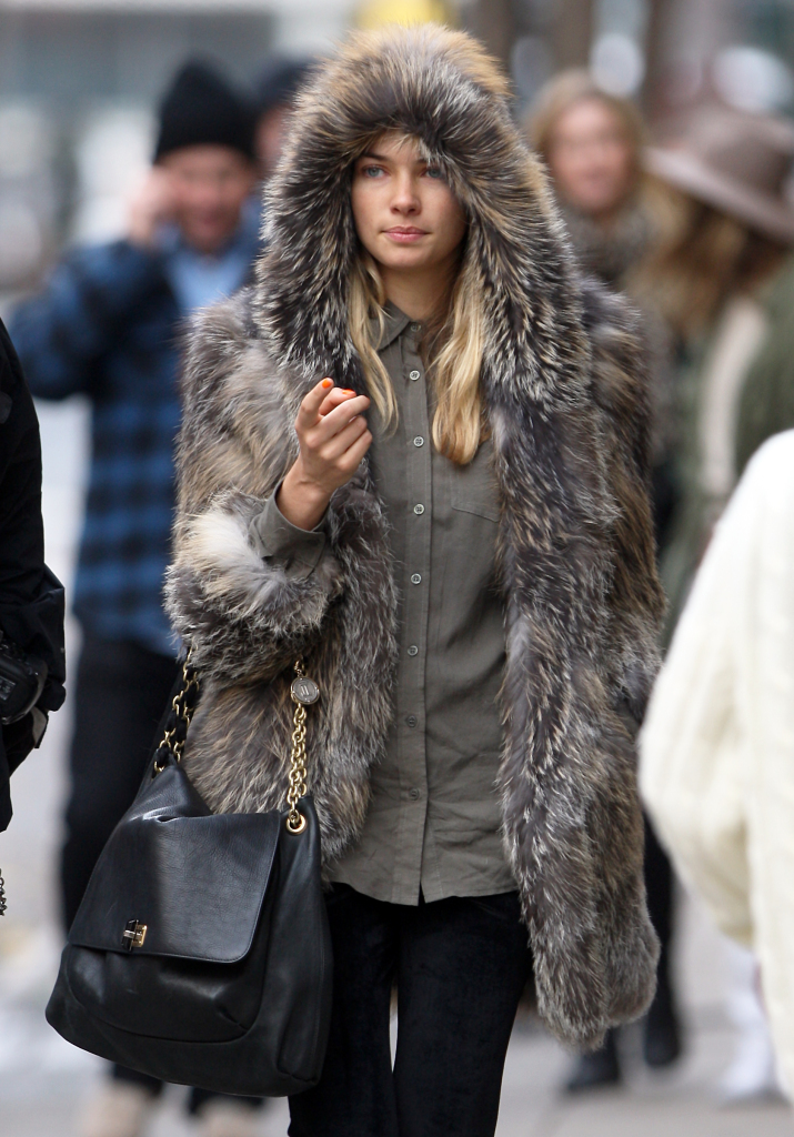 Street Snapper: Vintage Furs a plenty in the city right now ...