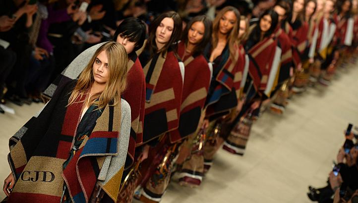 Burberry blanket scarf accessory nyc street style trend hot right now